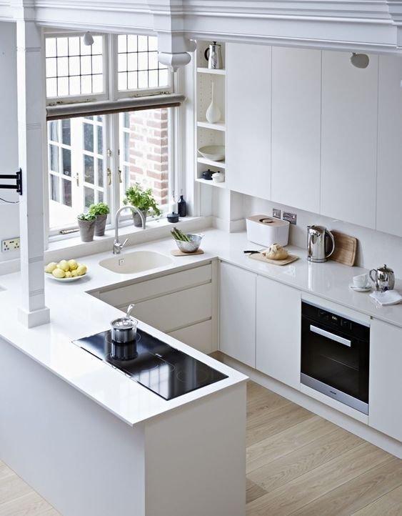 7. Экономия пространства на полу привела к тому, что в армии навесных шкафов прибавилось дизайн, идеи дизайна, интерьер, кухня, маленькая кухня