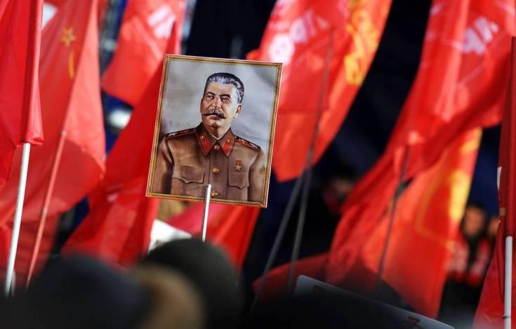 В России нарастает тоска по сталинской эпохе