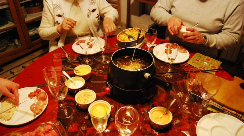 Хватит есть оливье и селедку под шубой: 15 праздничных блюд со всего мира