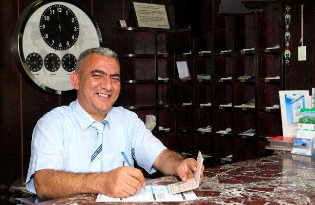 Жульничество или вынужденная мера? Россиян не селят в турецкие отели