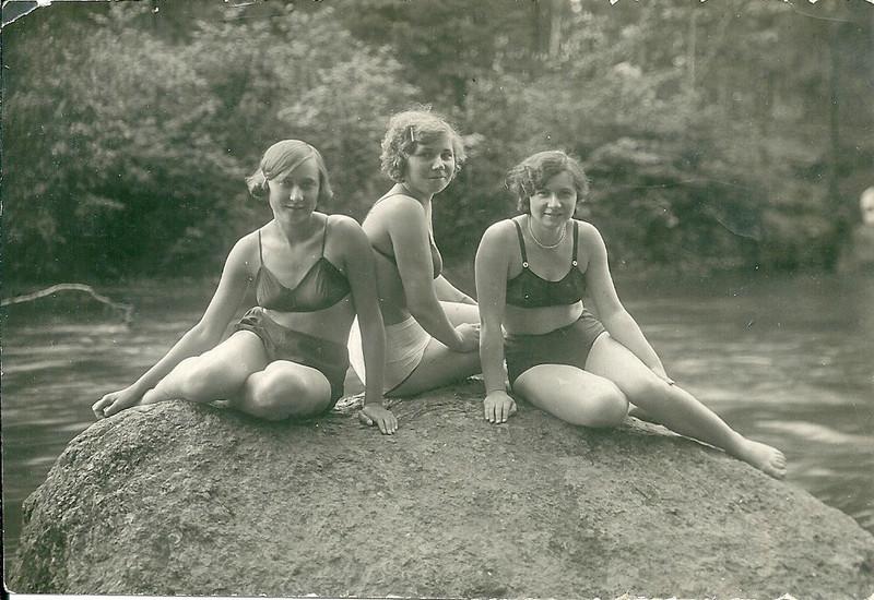Жаркие архивные снимки с грифом «28+» 1