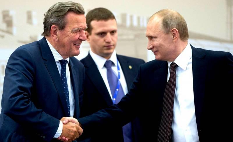 Киев ополчился на немцев за дружбу с Россией: Ввести против них санкции!
