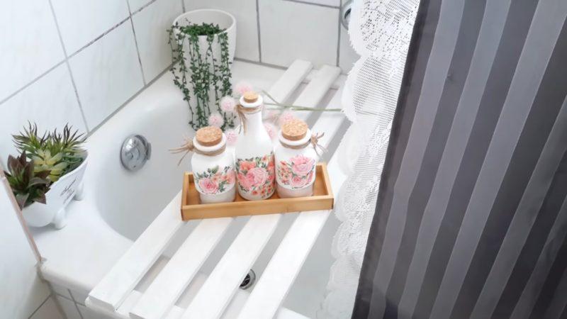 Больше никаких упаковок, разбросанных по ванне! Полезная идея для ванной комнаты интерьер,переделки,рукоделие,своими руками,сделай сам