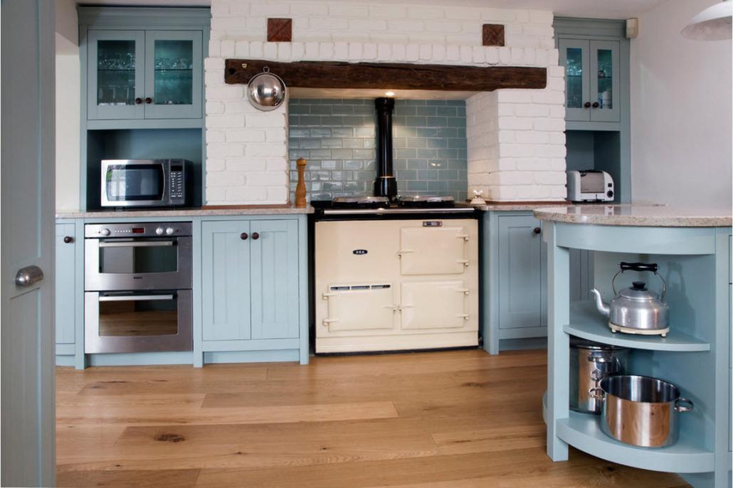 Керамика для кухни: плитка с имитацией дерева, камня и кирпича