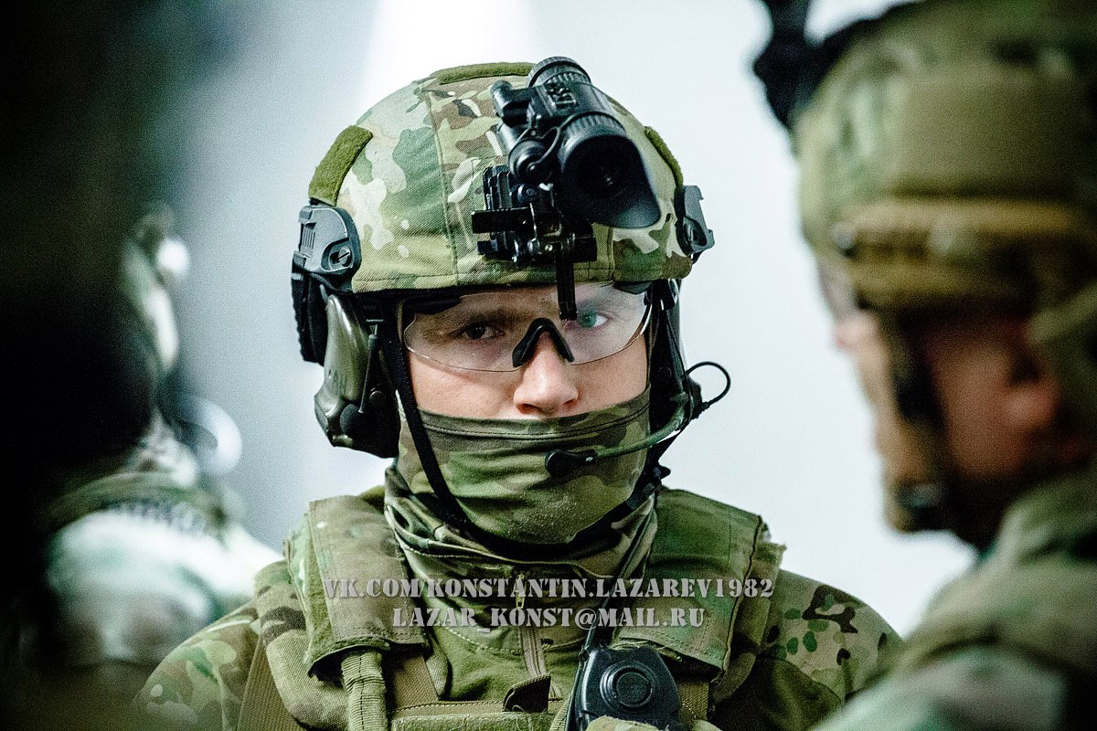 офицеры группы альфа фото находят равнодействующую сил
