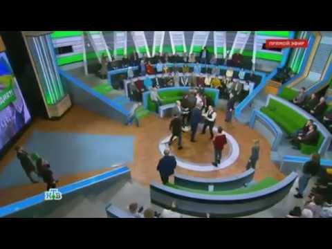 Ведущий НТВ Андрей Норкин подрался в прямом эфире с украинским экспертом