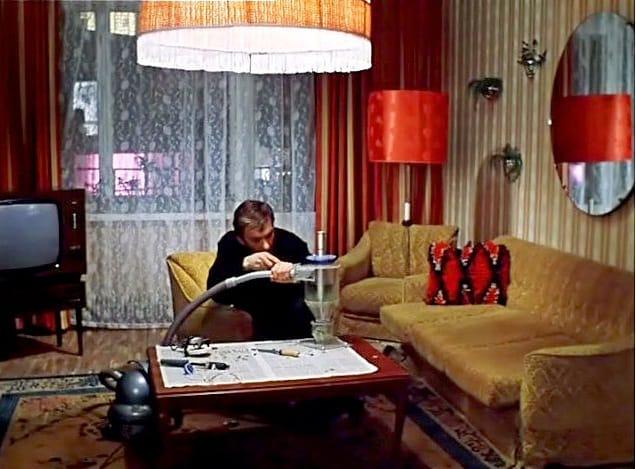 Выбросить немедленно! 8 жутких вещей из СССР, которые уродуют вашу квартиру