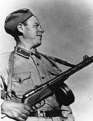 Выдающийся подвиг группы бронебойщиков под Сталинградом 1942 г. дальние дали