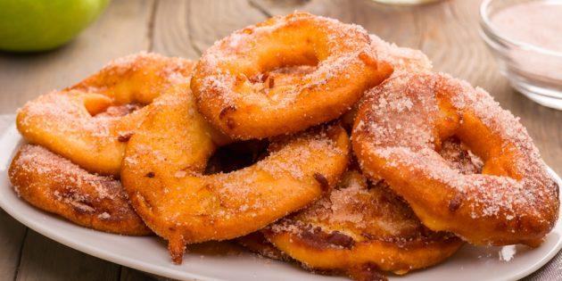 Рецепты с яблоками: Яблочные кольца во фритюре