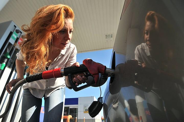 Российские ученые создали альтернативное автомобильное топливо на основе спирта