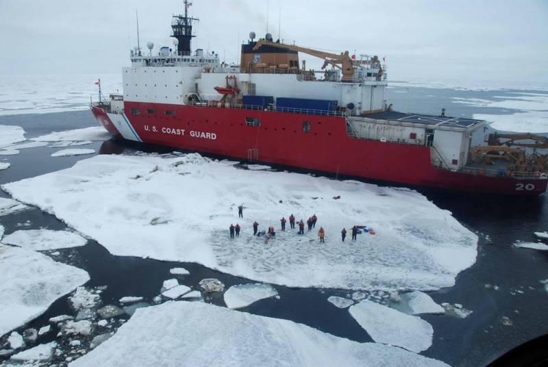 Американский эксперт признал: США проиграли России «битву за Арктику»