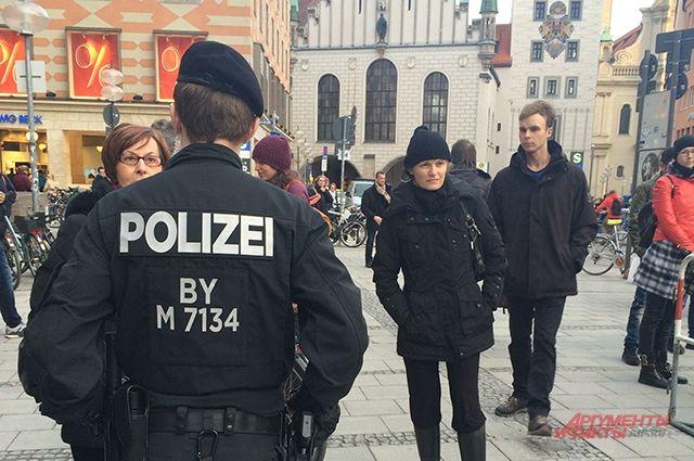 В Германии женщин в Новый год защитят от мигрантов с помощью огороженных зон