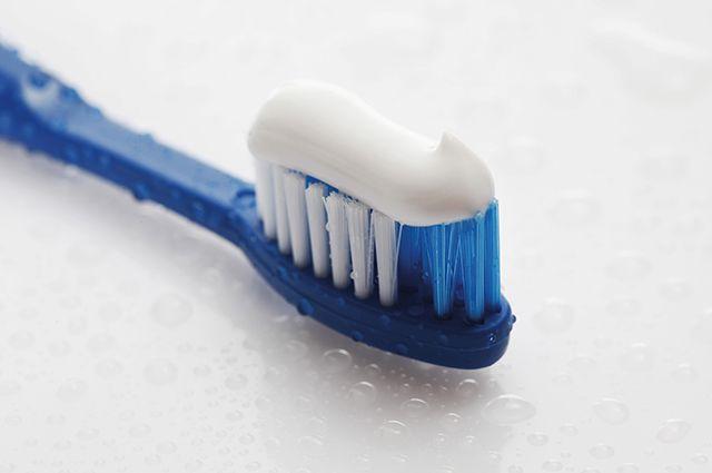 Здравые советы. Обычная зубн…