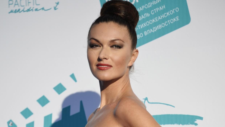 Готова вынести многое: режиссер Денис Елеонский об актрисе Юлии Такшиной Шоу-бизнес