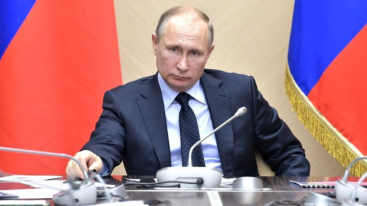 Стало известно, как Путин од…