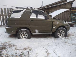 «Не показывать конструкторам АвтоВАЗа»: над редчайшим УАЗ-3128 «Астеро» посмеялись в Сети авто,автомобиль