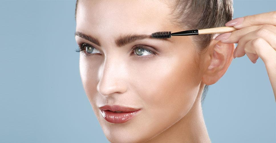 Седеют брови: как остановить поседение волос в бровях и как его скрыть