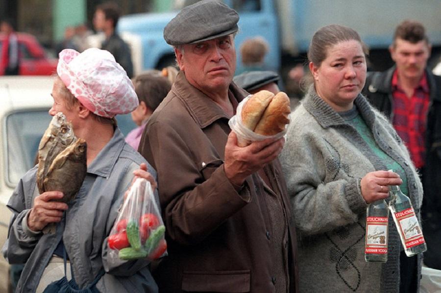 Новые девяностые: Россию ждет тяжелейший кризис власть,коронавирус,россияне,экономика,экономический кризис