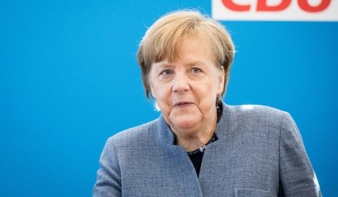 Меркель по-хамски обошлась с Путиным