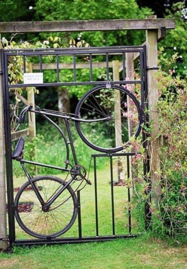 10 идей необычных садовых калиток