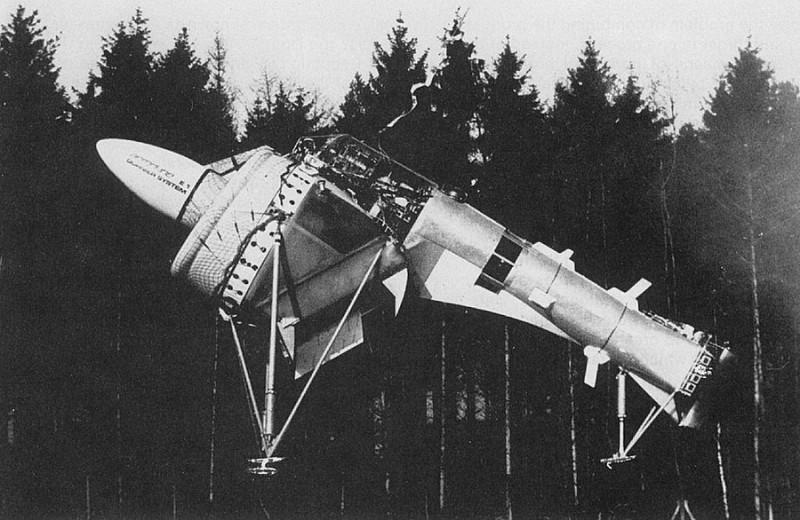 И как такое летало? 5 самых необычных самолётов в истории