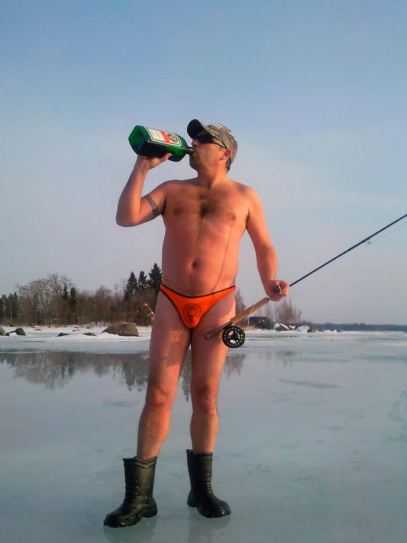 Придурки на зимней рыбалке