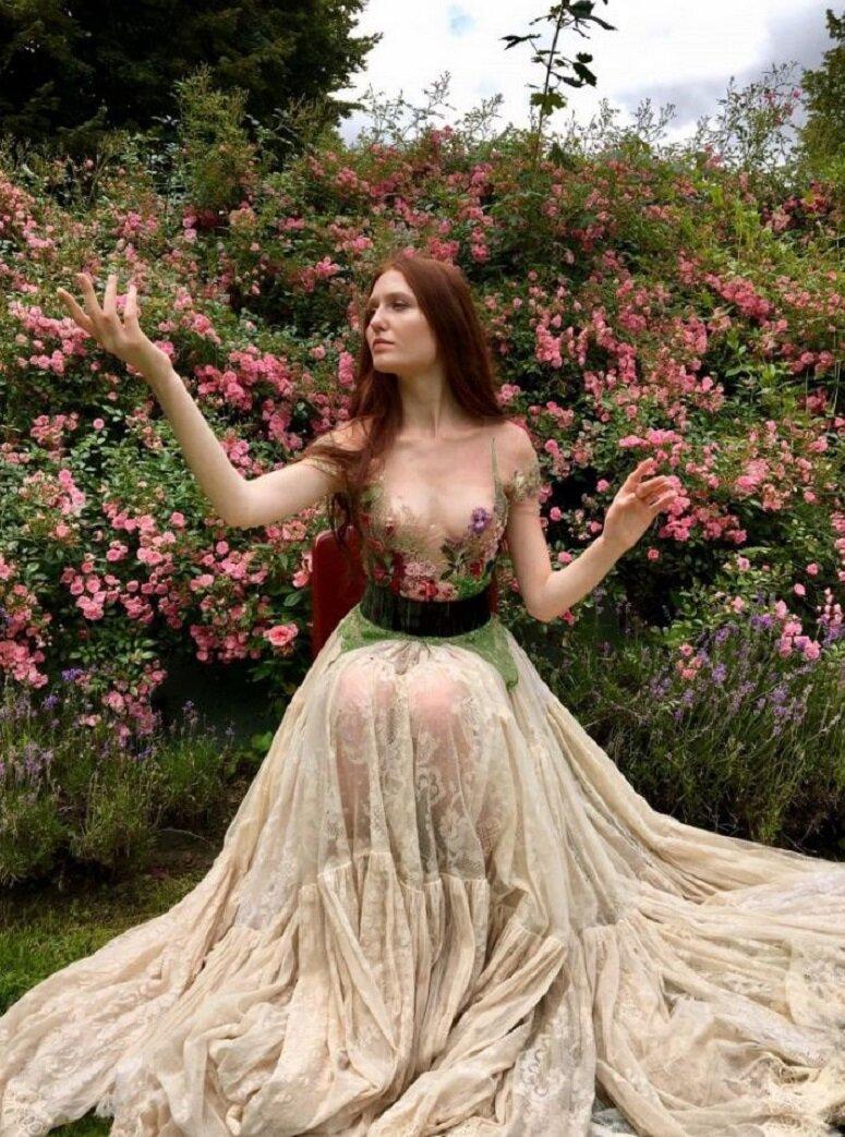 Необычные и удивительные платья французского дизайнера декор,мода,рукоделие,творчество