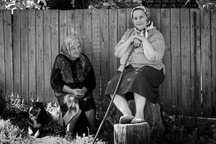 Платок - практичный аксессуар, в котором можно ходить круглый год / Фото: photocentra.ru