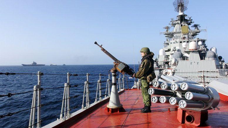 Вздернуть на рее. Пират русскому моряку не брат