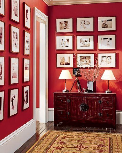 Красный - цвет деятельных и энергичных людей.