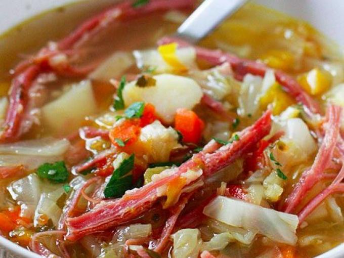 Суп из капусты с солониной