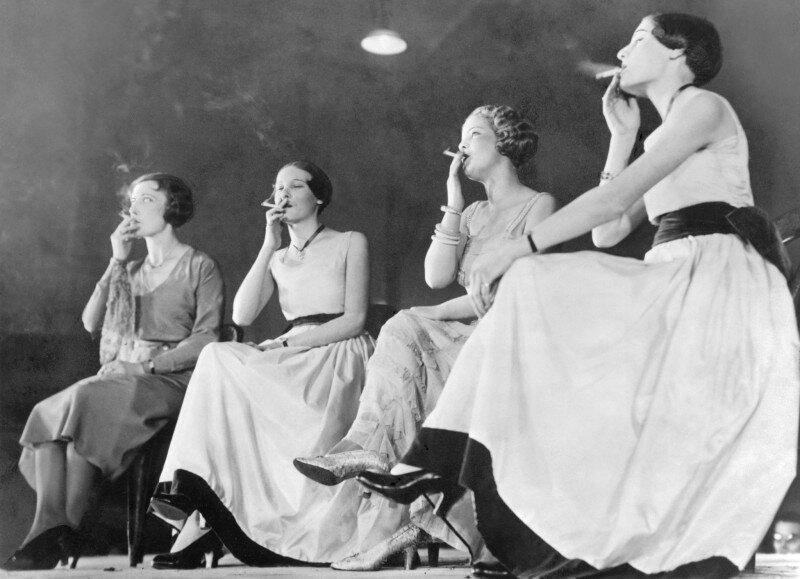 16. Конкурс на самый элегантный стиль курения в Париже, 1932 год архив, исторические фото, фото, фото из прошлого