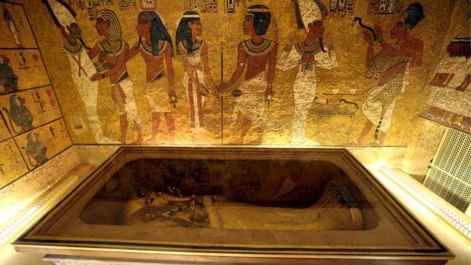 Тутанхамон оказался умнее.