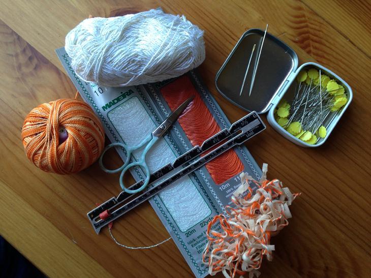 Как сделать пришивную вешалку