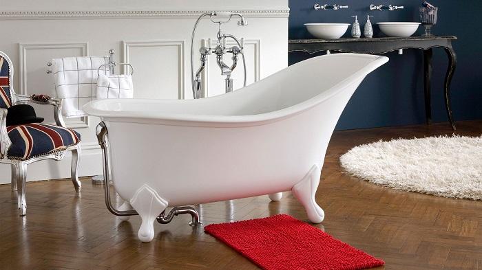 В таких ваннах можно купаться только сидя. / Фото: sanbravo.ru
