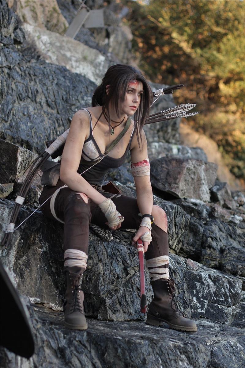Косплей на Лару Крофт  в исполнении замечательной красотки Анны Лехтинен по мотивам великолепной серии игр Tomb Raider