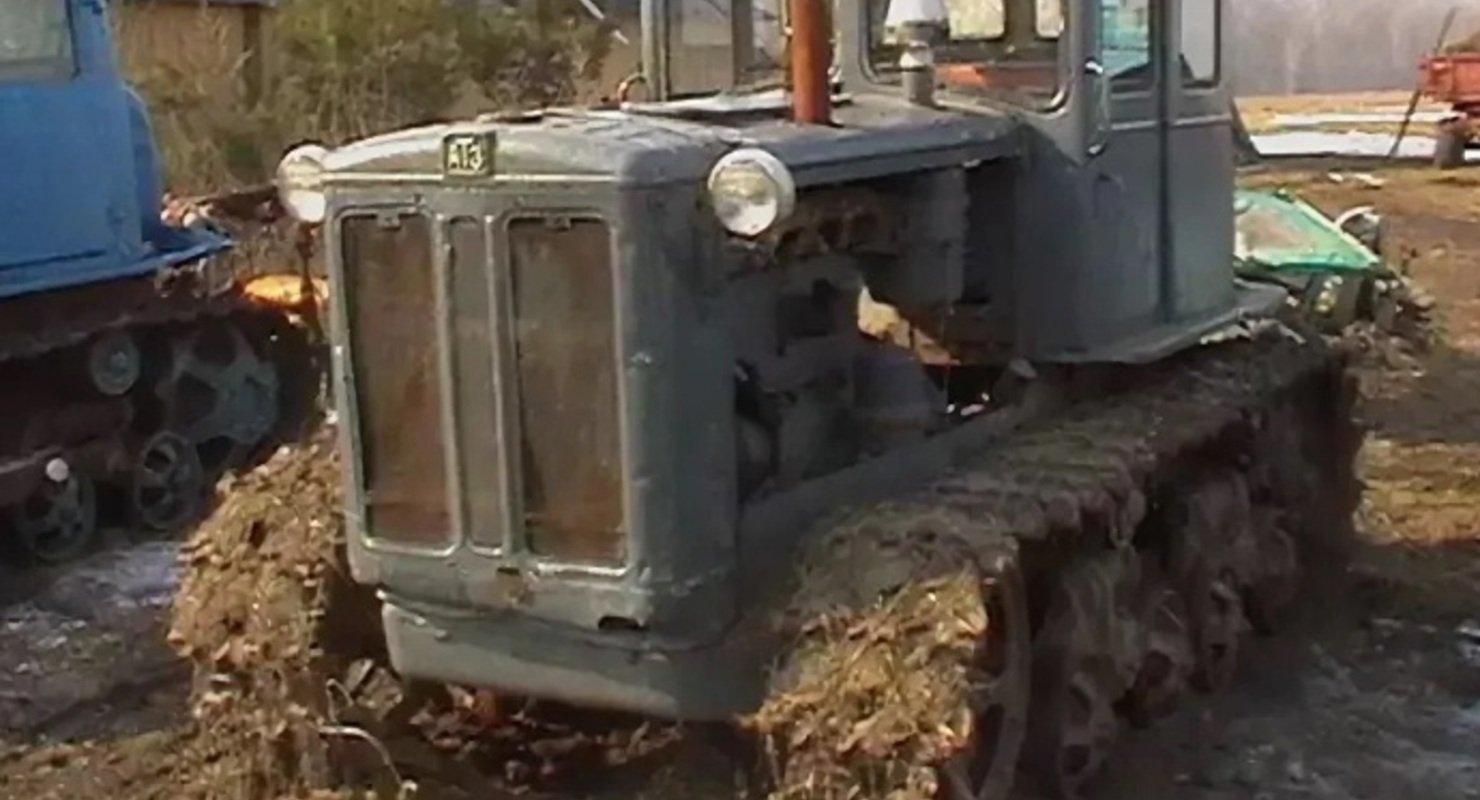 Названы самые лучшие колесный и гусеничный тракторы СССР Автомобили
