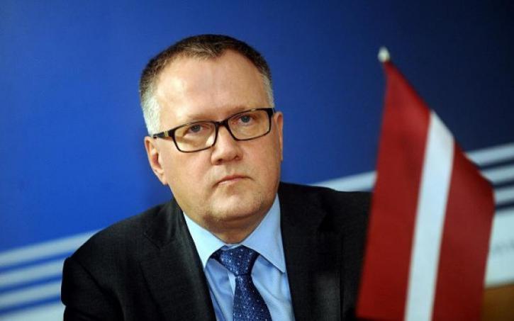 «Плата» за санкции достигла апогея: в Латвии на грани закрытия оказалась известная фабрика