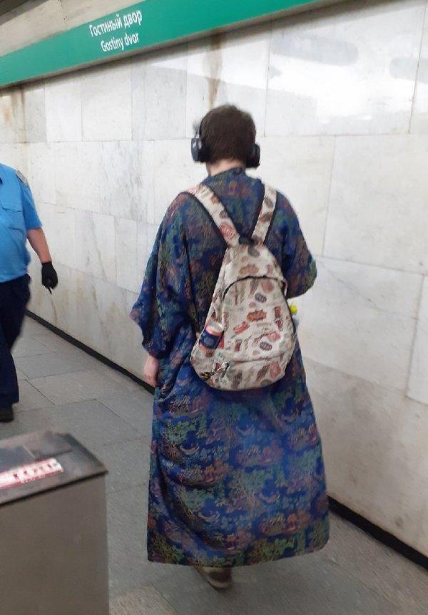 Модники и чудаки из метро  смешные картинки,фото-приколы,юмор