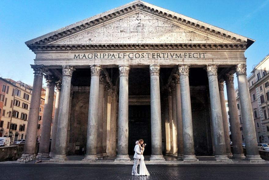 Каково это: пожениться 100 раз в 30 странах мира