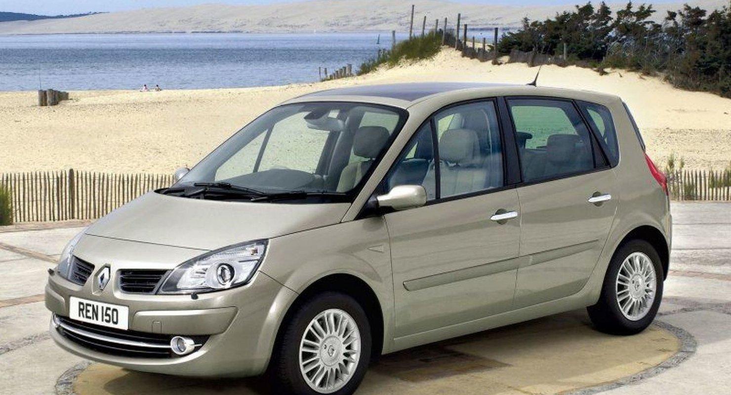 Renault Scenic: Практичность может быть по-французски стильной Автомобили