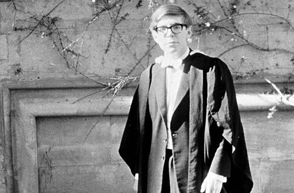 Профессор Стивен Хокинг мирно скончался в Кембридже