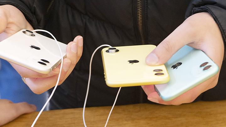 Apple уйдёт из России? К чему приведёт переход на отечественные программы в смартфонах геополитика,россия