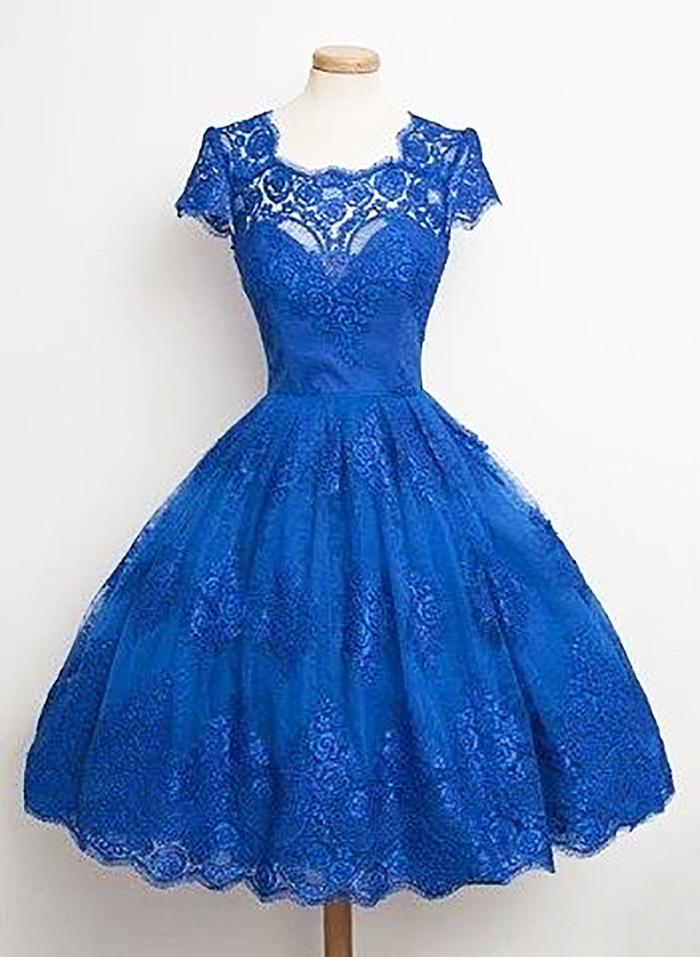 платья в стиле ретро с длинным рукавом