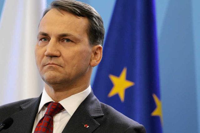 Министр иностранных дел Польши: «Мы отсасываем у американцев, как последние фраера»