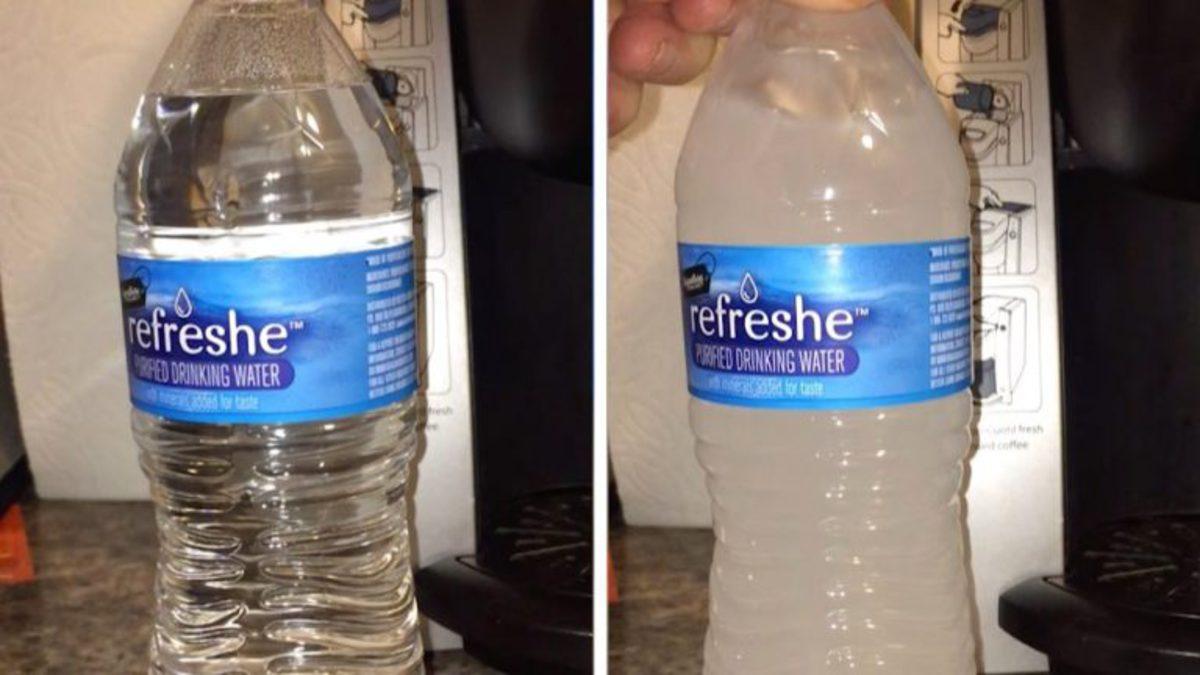 Вода в бутылке превращается в лёд от удара, и это поразит вас