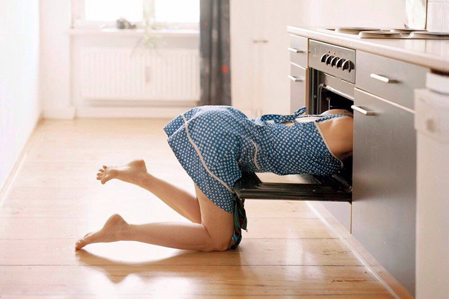 Что ждать от женщины любящей ходить дома в одних трусах