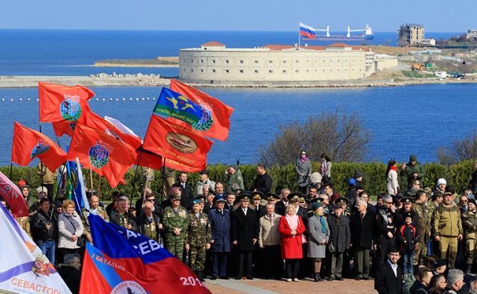 Запад верит: Россия сдастся и вернет Крым