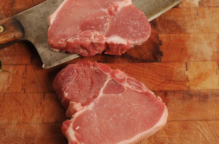 5 секретов сочных свиных отбивных