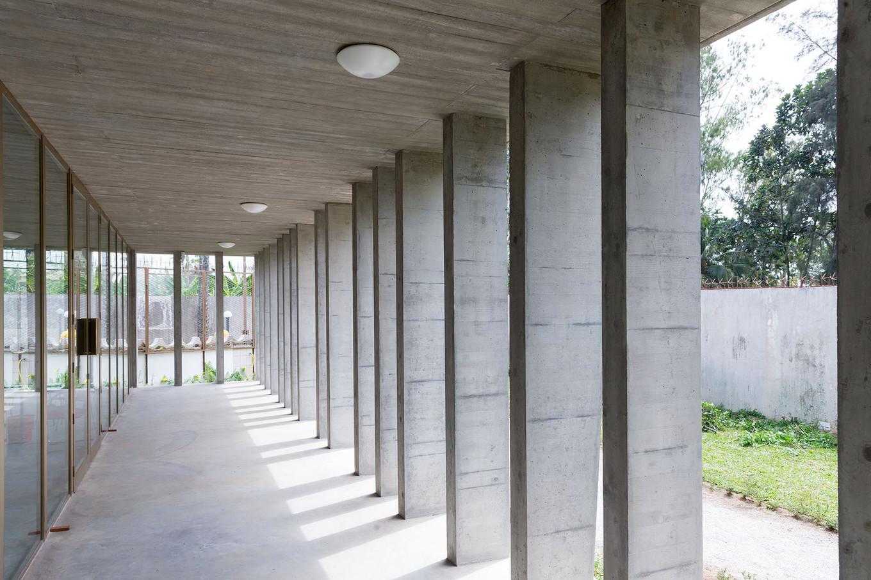 Архитектура посольства Швейцарии в Кот-д'Ивуар